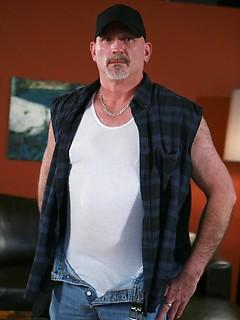 tj cummings gay porn